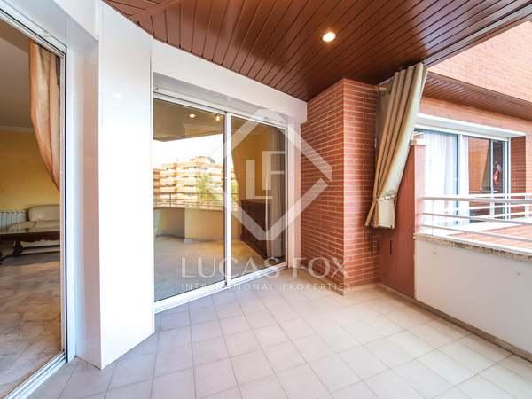 160m² Apartment with 30m² terrace for sale in Vilanova i la Geltrú