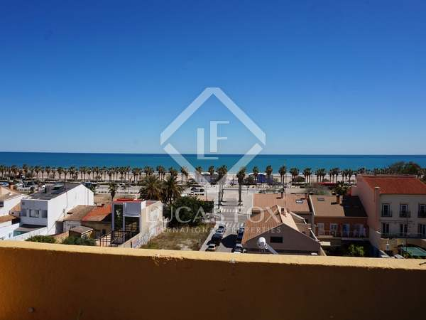 Penthouse with terrace for sale in Playa de la Malvarrosa