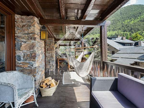 170m² Apartment with 40m² terrace for sale in Ordino
