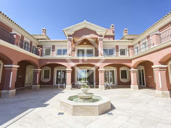 1,524m² villa with 283m² terrace for sale in Benahavís