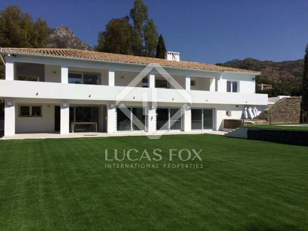 500m² House / Villa with 2,160m² garden for sale in Golden Mile