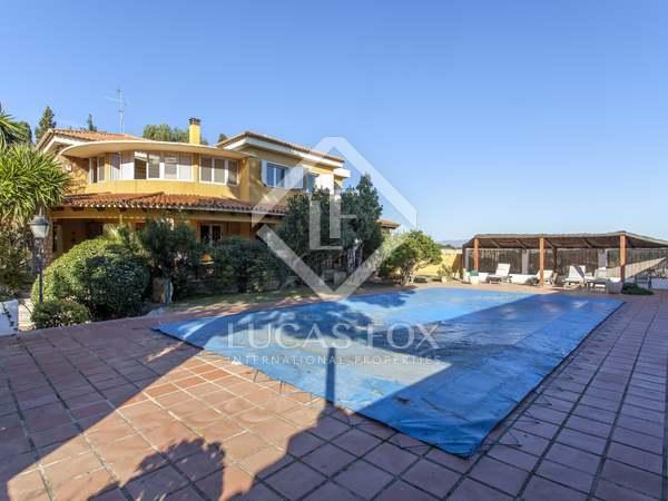 495m² House / Villa for sale in Godella / Rocafort