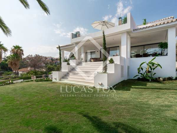 495 m² villa with 149 m² terrace for sale in Nueva Andalucía