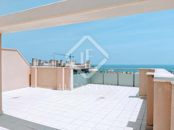 152m² Apartment with 60m² terrace for sale in Playa San Juan