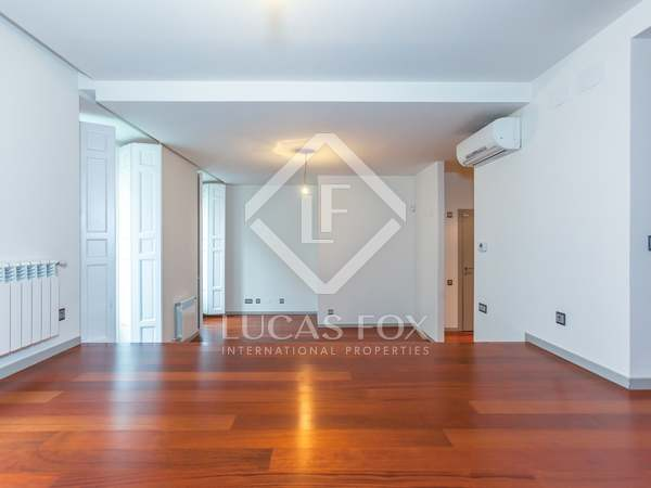 Appartement van 212m² te huur in Recoletos, Madrid