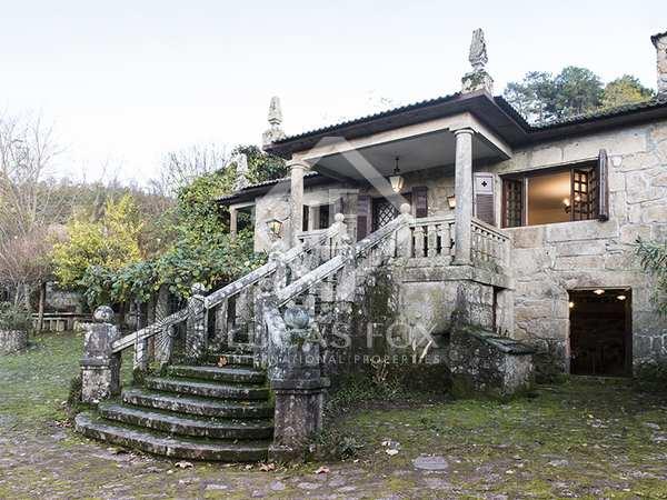 290m² House / Villa for sale in Pontevedra, Galicia
