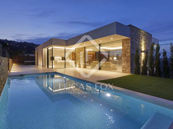 450m² House / Villa with 500m² garden for sale in Platja d'Aro