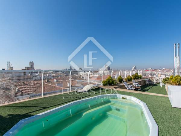 634m² Penthouse with 111m² terrace for sale in Recoletos