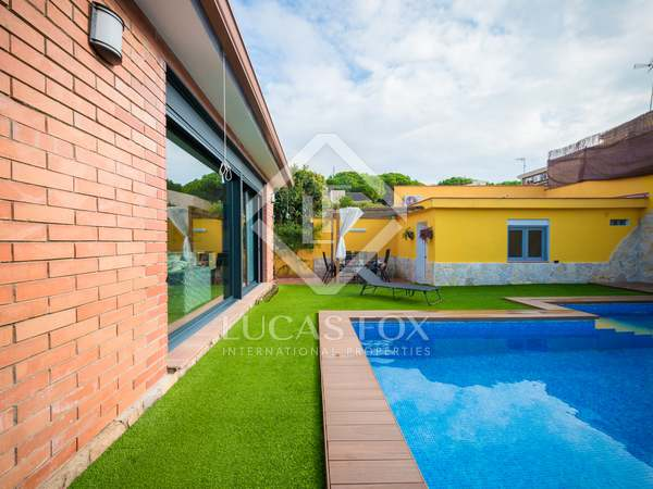 150 m² house for sale in Castelldefels, Barcelona