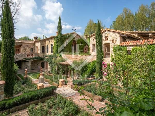 Propiedad ecuestre de 1.988 m² en venta en Baix Empordà