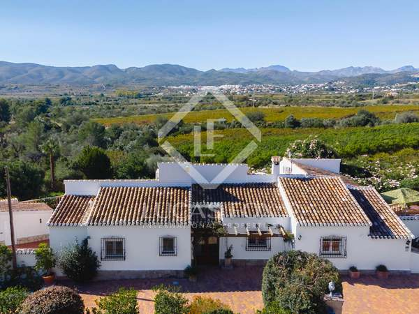 huis / villa van 310m² te koop in Jávea, Costa Blanca