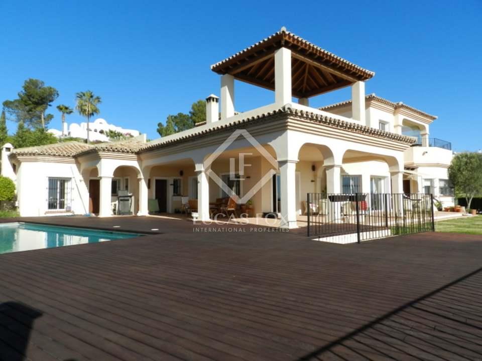 5 Bed Villa, Estepona