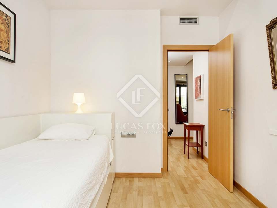 Apartamento tur stico con licencia en venta en poble sec for Licencia apartamento turistico madrid