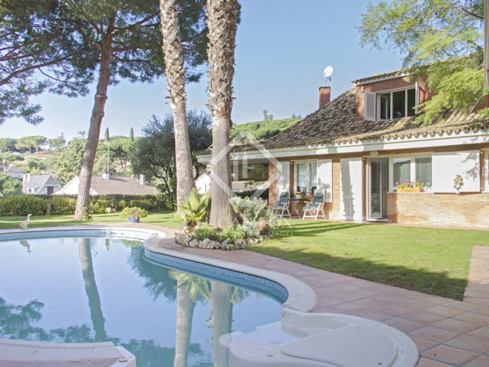 Дом в каталонии остров Храни