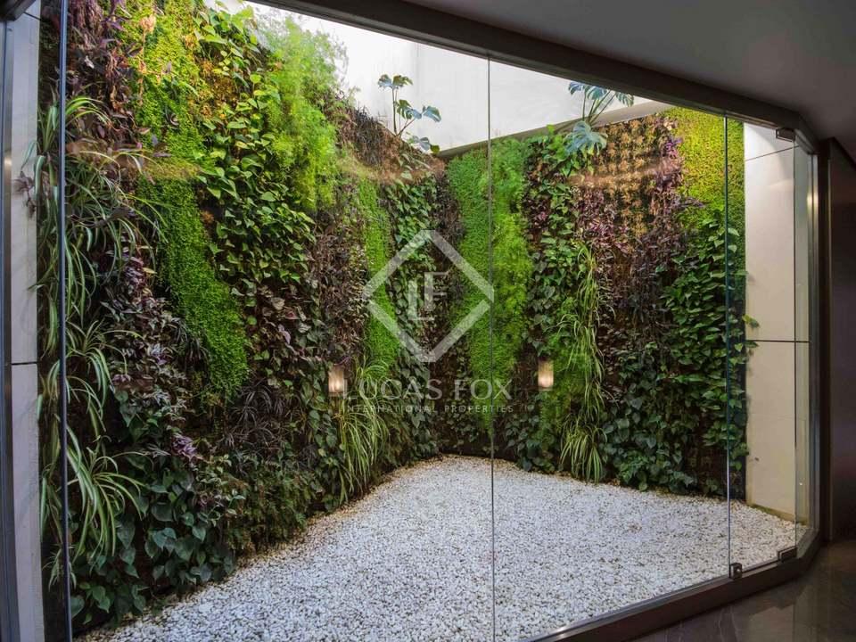 Jardín vertical en el hall