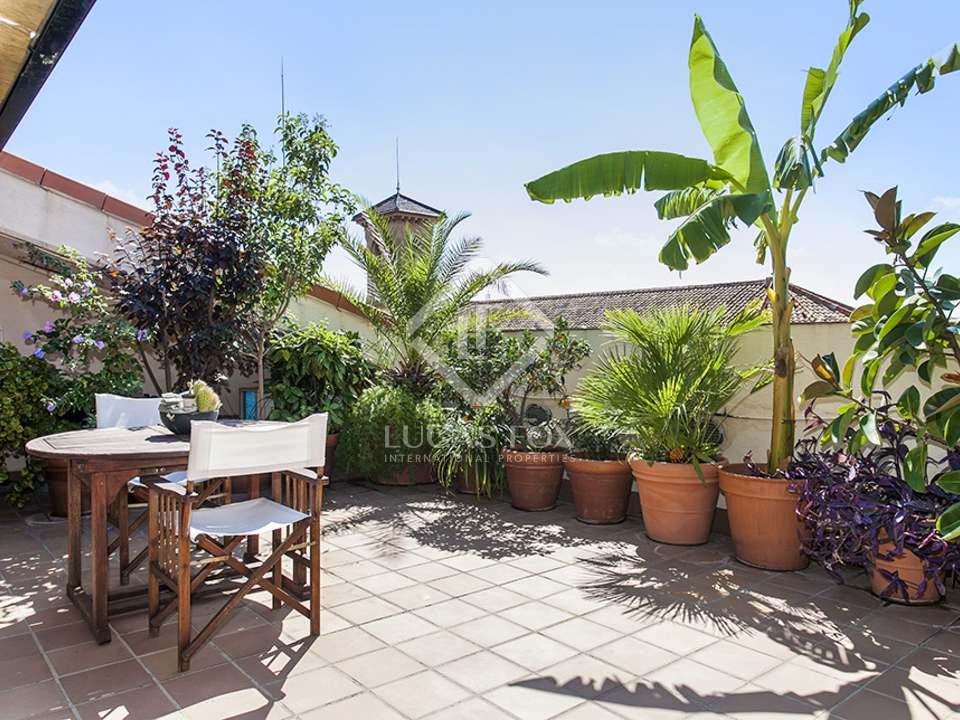 Tico d plex con terrazas en venta en sarri for Terrazas individuales
