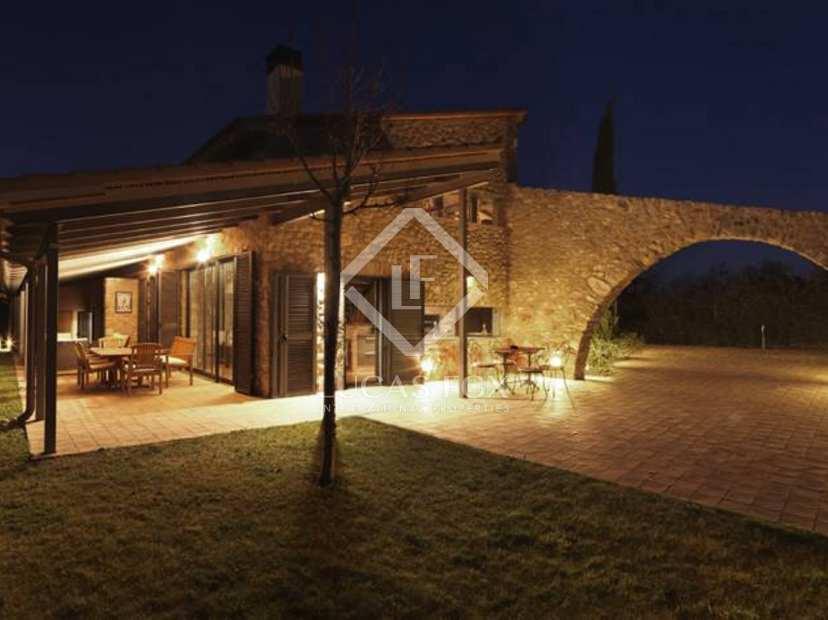 Superbe maison de campagne neuve acheter dans la for Acheter maison neuve deja construite