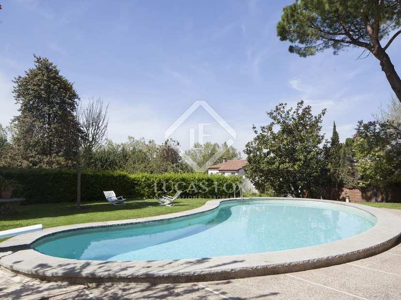 Casa en venta cerca del campo de golf en sant cugat barcelona - Piscina sant cugat ...