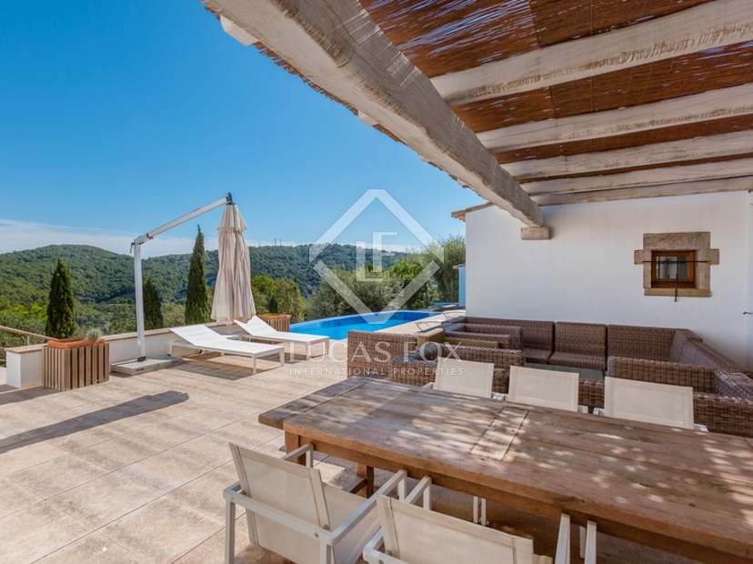 Superbe propriété 5 pièces à vendre à la Costa Brava avec de ...