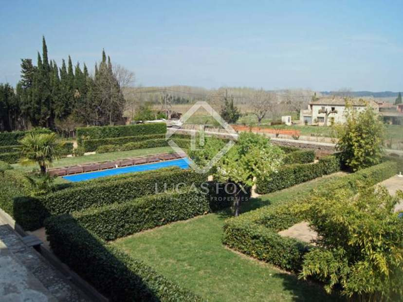 Superb Girona Country Property For Sale Close To Girona City