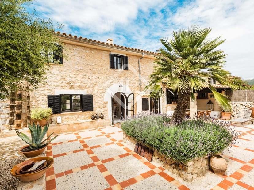 Renovated farmhouse for sale in andratx west mallorca - Casa de campo mallorca ...