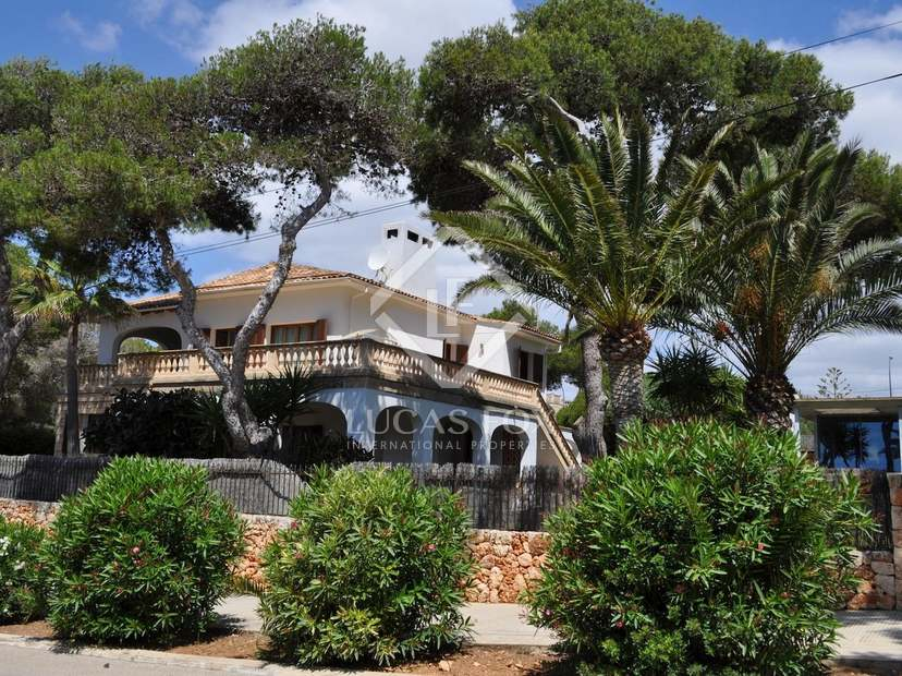 Villa en venta en port cristo al este de mallorca for Inmobiliaria porto cristo