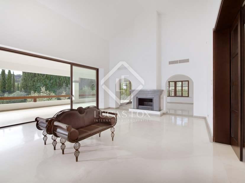 Baños Estilo Andaluz: estilo andaluz, con una atmósfera contemporánea y tecnología para
