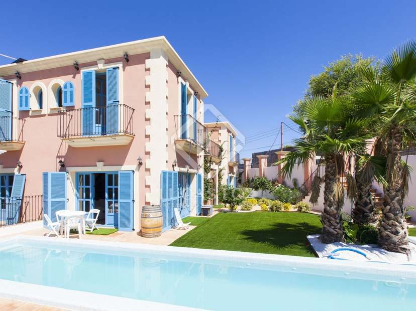 Villa de style colonial r cemment construite vendre olivella - Villa style colonial ...