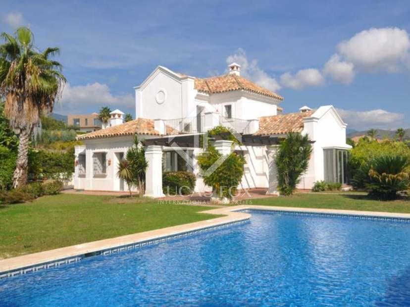 4 bedroom luxury villa for sale in Marbella La Quinta : 7B9143BBD6 from www.lucasfox.com size 828 x 620 jpeg 59kB