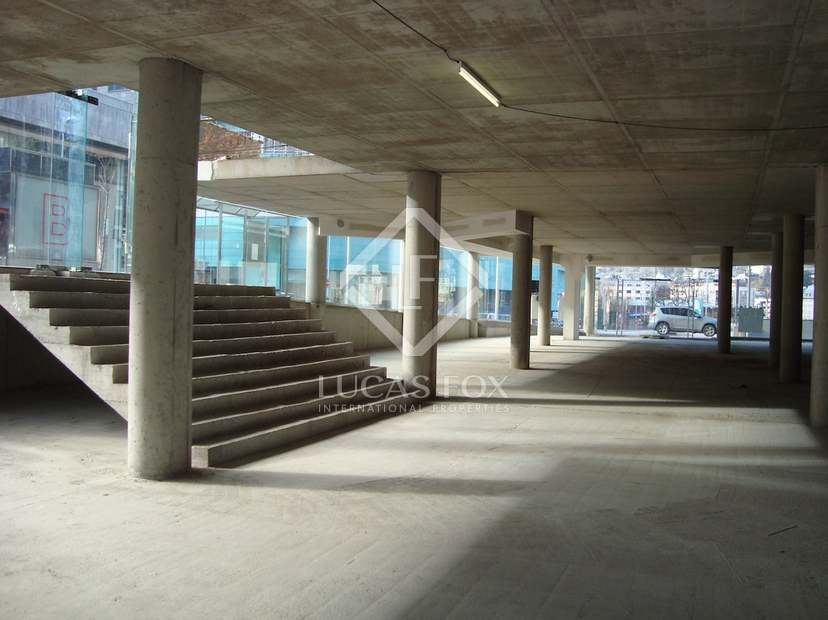 Unique retail space for sale in andorra 39 s commercial area - Creative small spaces property ...