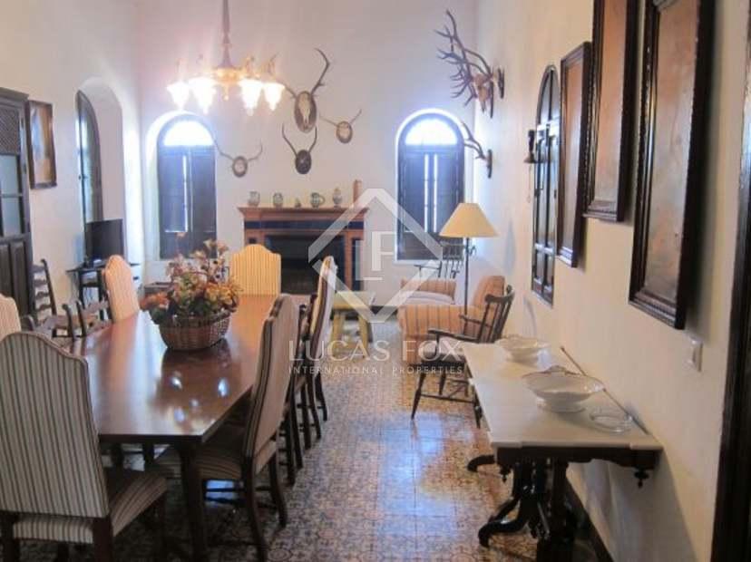 Baños Estilo Andaluz:Casa rural de estilo andaluz con 7 dormitorios y una parcela de 255
