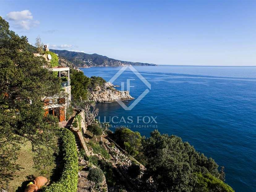 Se vende costa brava villa encima de los acantilados en - Casas en tossa de mar ...