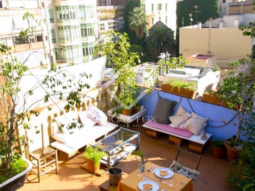 Tico en venta cerca de passeig de gr cia en barcelona - Reformar terraza atico ...