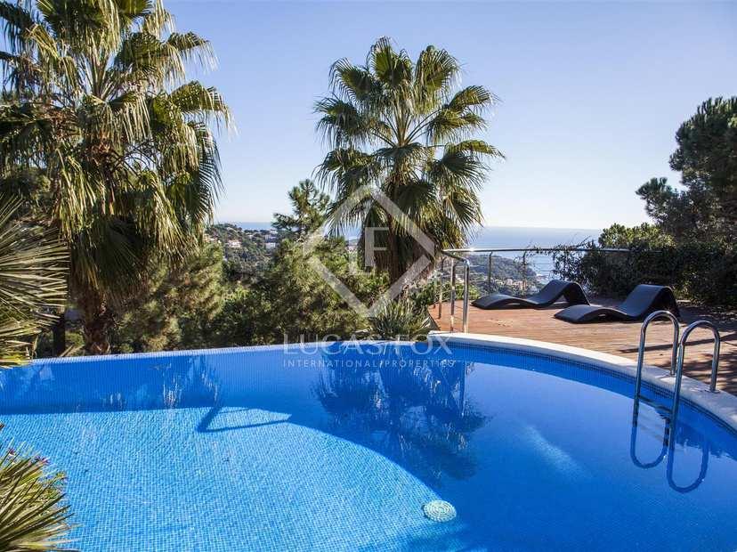 Villa con vista al mar en venta en lloret de mar costa brava - Casa playa costa brava ...