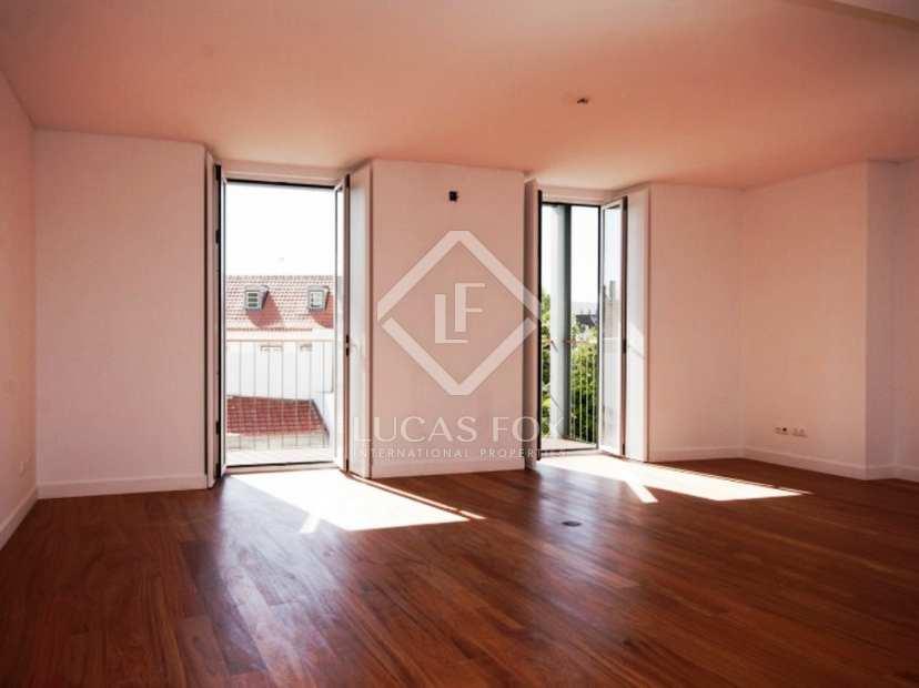 121m wohnung zum verkauf in lissabon stadt portugal. Black Bedroom Furniture Sets. Home Design Ideas