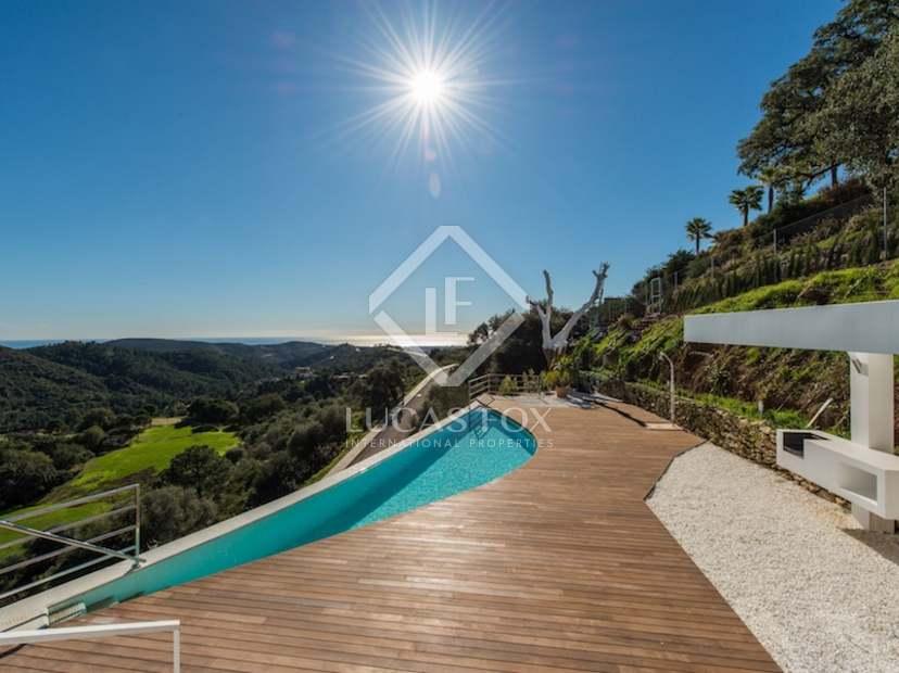 Villa contempor nea de nueva construcci n de 6 dormitorios - Coste construccion piscina ...