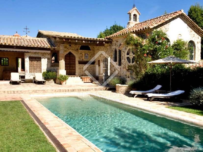 Casa rural de lujo en venta en girona lucas fox - Casas rurales con piscina cerca de madrid ...