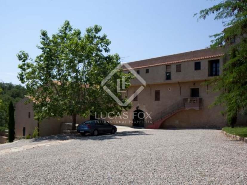 1 200m landhaus zum verkauf in tarragona spanien. Black Bedroom Furniture Sets. Home Design Ideas
