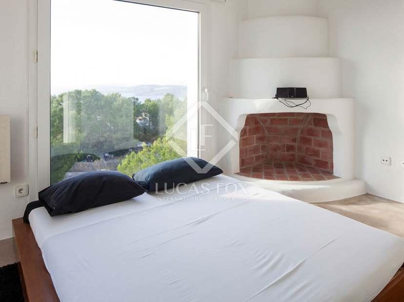Moderne villa met zeezicht te koop in sant josep ibiza - Uitzonderlijke badkamer ...