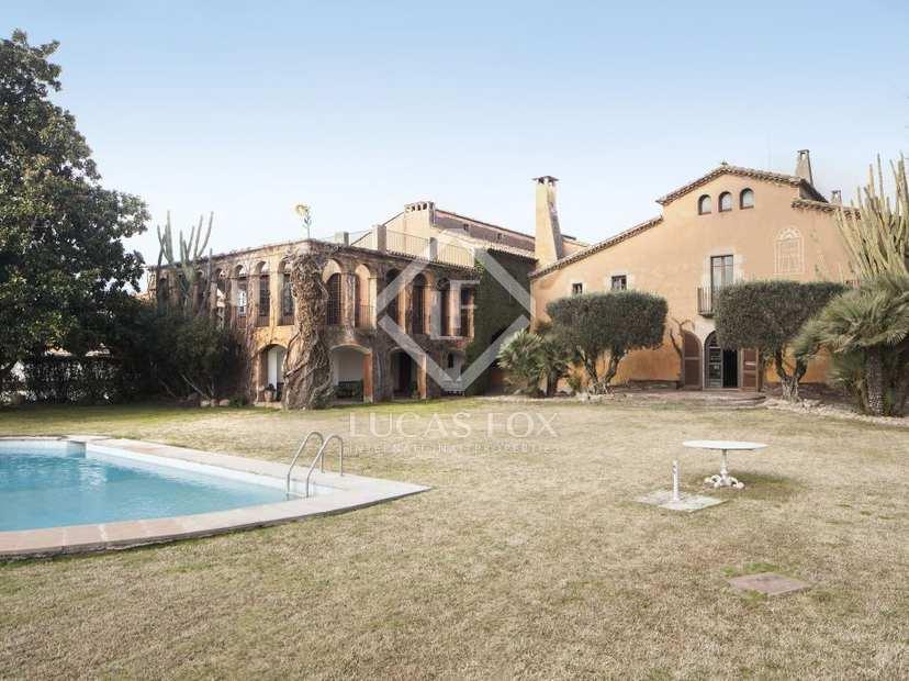 Agencia inmobiliaria de lujo barcelona costa brava y ibiza for Agencia inmobiliaria