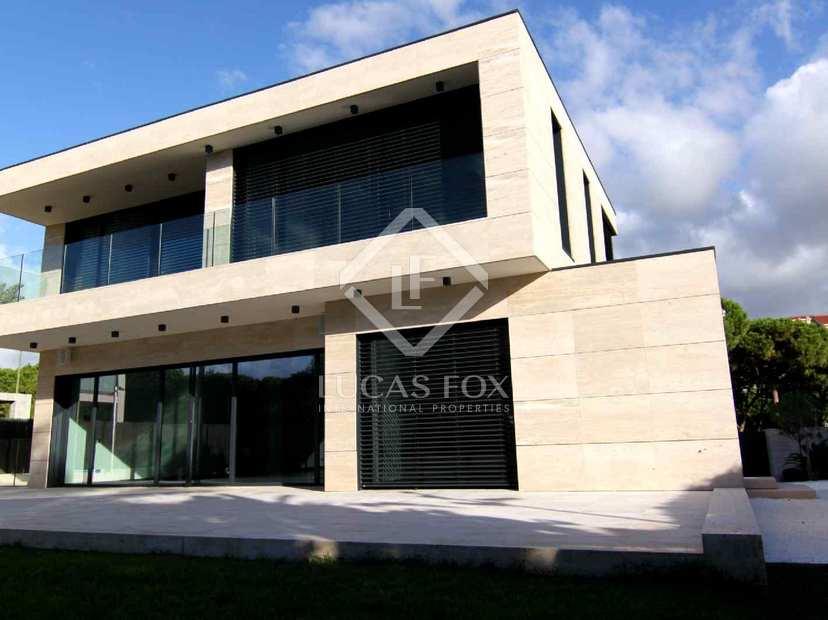 Casa de lujo de obra nueva en venta en gav mar cerca de - Casas gava mar ...