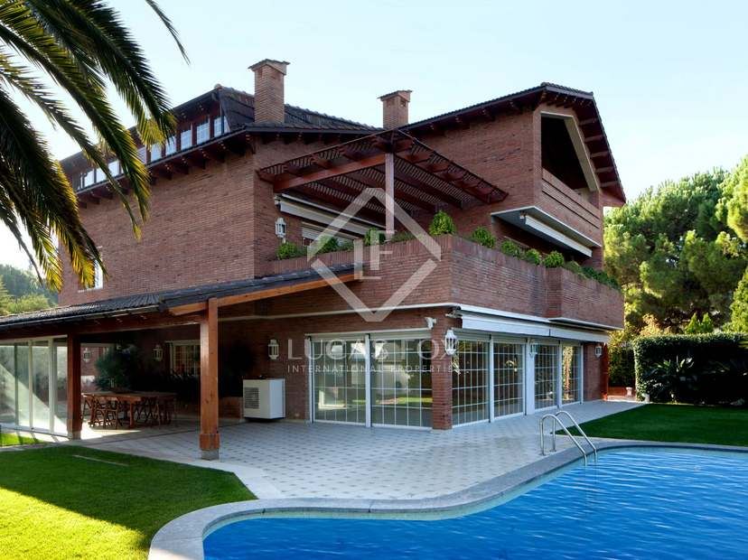 Casa en alquiler en sant just desvern cerca de barcelona for Casa alquiler barcelona jardin