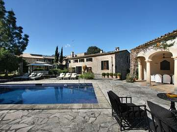 Country estate for sale in Vall d'en March, Pollensa, Mallorca.