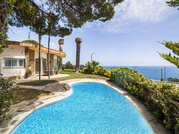 Se vende Costa Brava casa en Tossa de Mar en Urbanisación Martossa