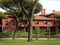 A three bedroom flat for sale in Quinta da Marinha, Cascais