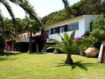 Large coastal estate for sale near Begur on the Costa Brava