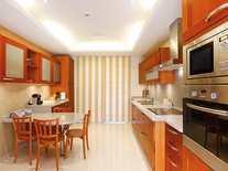 Kitchen  - 3 Bed Apartment for sale, La Trinidad, Golden Mile, Marbella